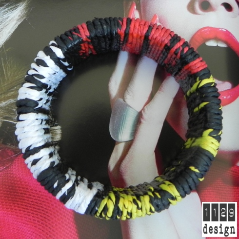 bracciale-legno-carta-rosso-nero-giallo-multicolor-wood-and-paper-bangle-1129design